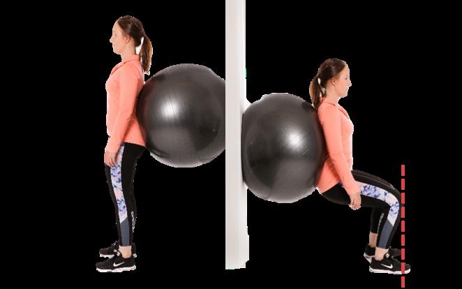 Nainen seisoo jumppapallo selän ja seinän välissä, jonka jälkeen nainen kyykistyy.